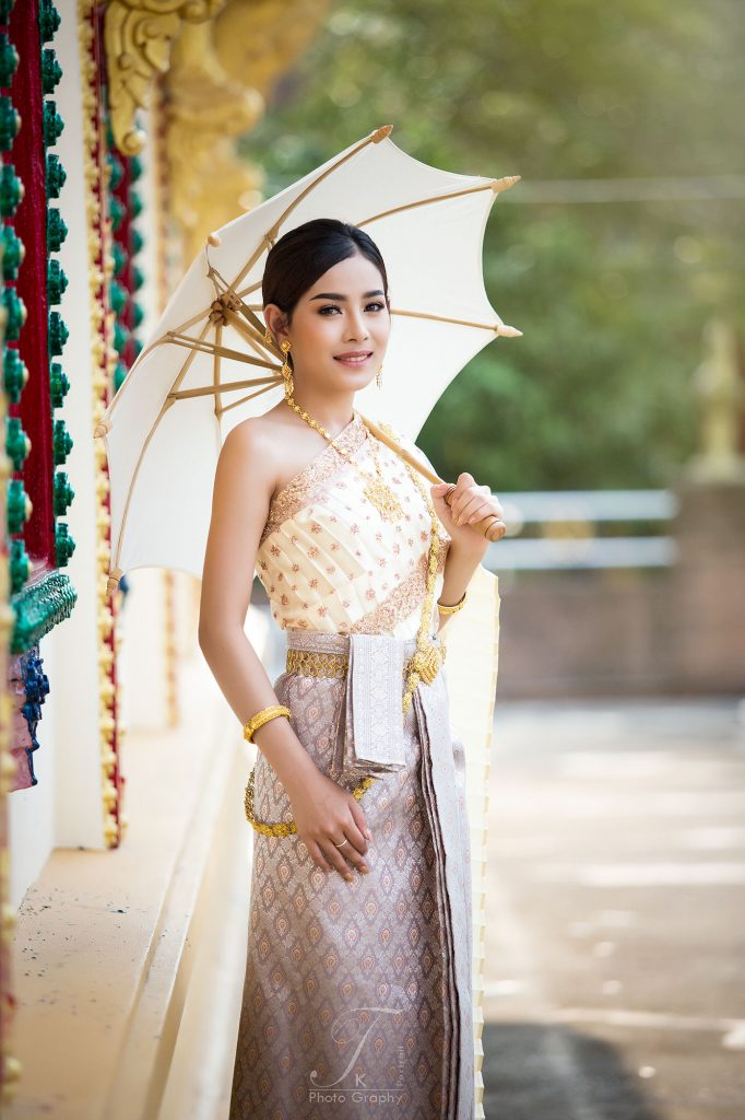 Thai dress travel in phuket thailand