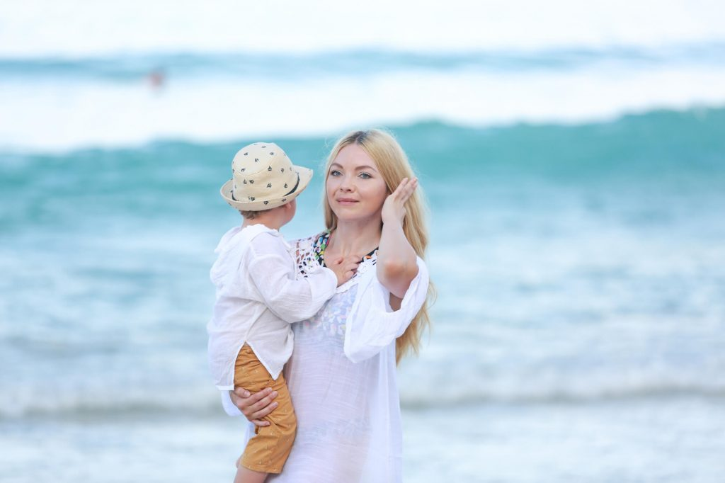 Galyna with Jan happy in phuket